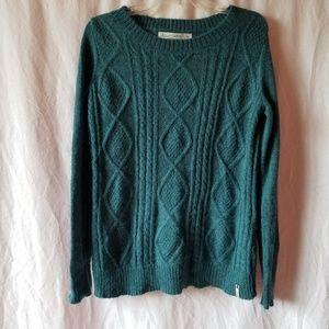 Woolrich women's cable knit wool blend sweater